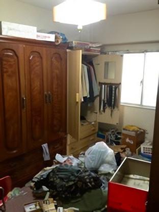 五泉市のお客様 Eさんの不用品回収前の部屋の画像